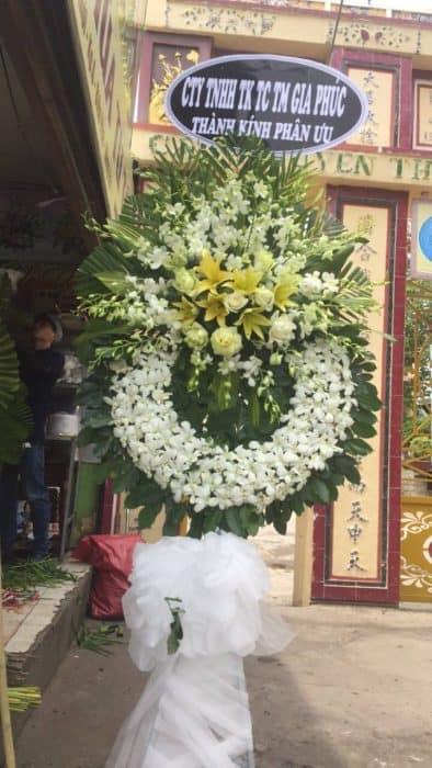 giao hoa đám tang tận nơi tại quận 5