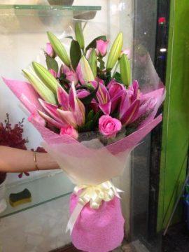 bó hoa ly tặng lễ tốt nghiệp