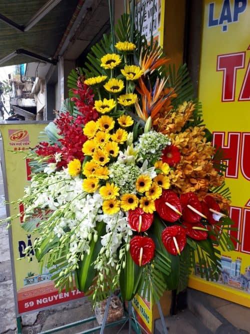 hoa khai trương huyện Bình Chánh
